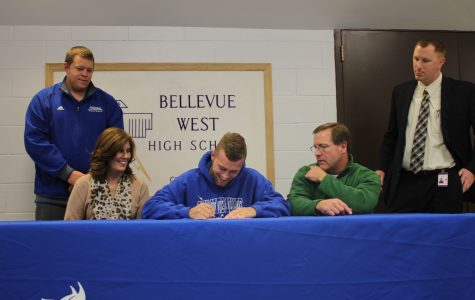 Plambeck signs to Peru State University