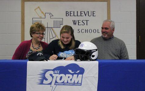 Sarah Haake commits to Southeast Community College