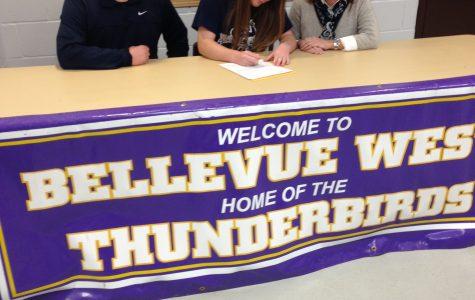 Kelsi Smith signs to Washburn University