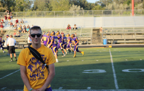 """From the sidelines: student trainers help athletes """"roll out"""" of injuries"""