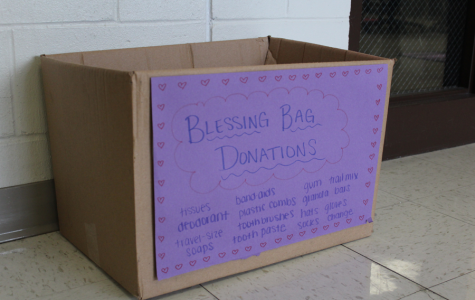 Key Club sponsors blessing bags for homeless