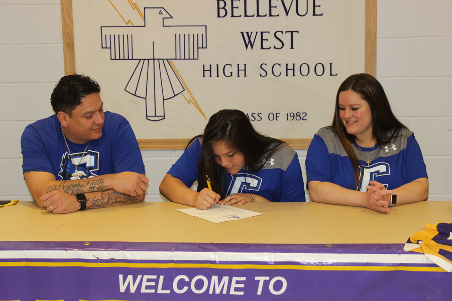 On April 12, Senior Hope Bonar signs her letter of intent to Creighton University for softball.