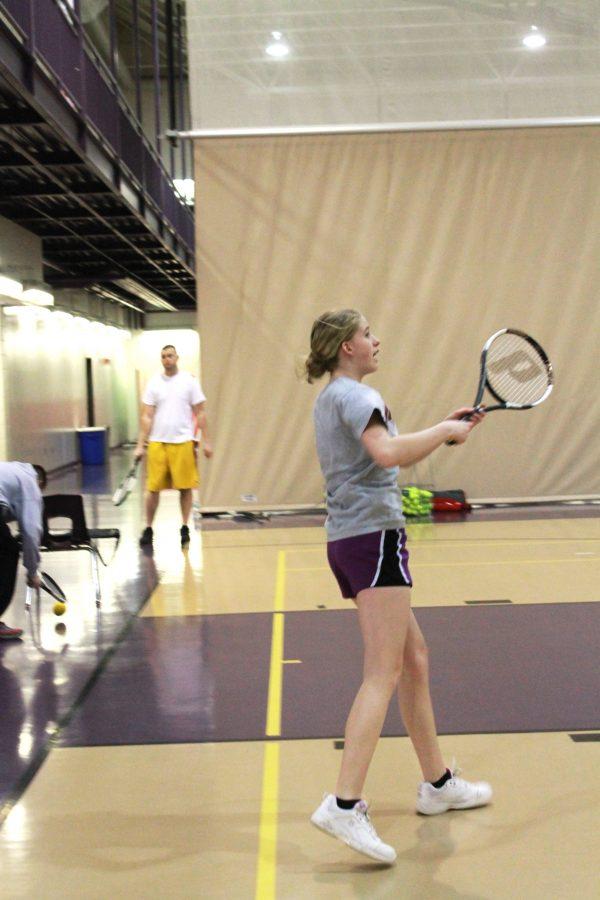 Junior+Rebecca+Sis+practices+tennis+at+the+Leid+Center.+