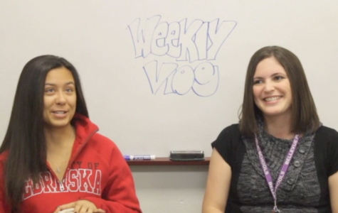 Ally and Lindsay Vecchio talk about their thanksgiving plans in this week's vlog