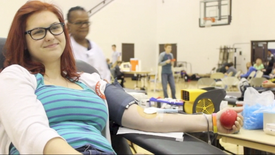 Bellevue+West+students+participate+in+the+annual+Blood+Drive