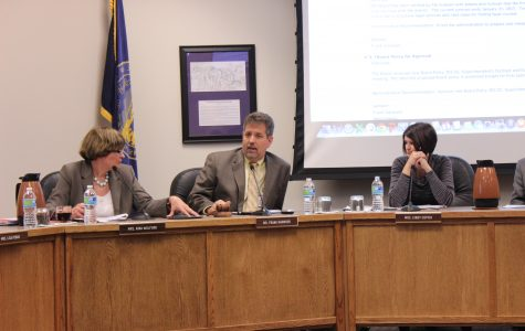 Board meeting unites students, teachers to speak on grading policy study
