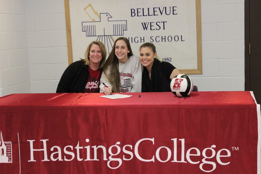 Sage+Meyer+signs+to+Hasting+College