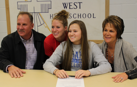 Morehead signs with Drake University