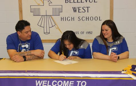 Senior Signing: Bonar signs with Creighton University