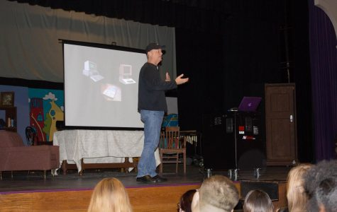 Alumni presents about business success at Bellevue West