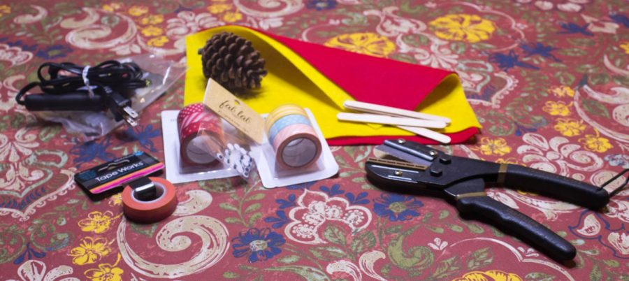 Materials+for+Washi+Tape+Pinecone+Turkey+Materials