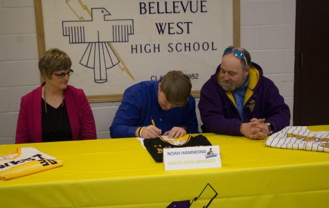 Noah Hammond signs with Dakota State University
