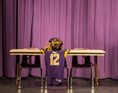 Athletes sign on National Letter of Intent Day