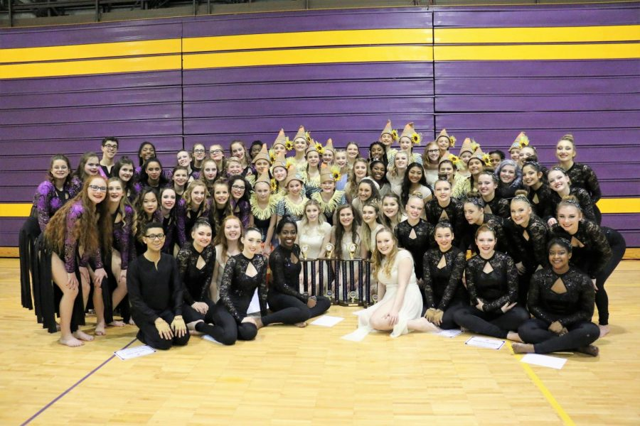 Bellevue+West+Color+Guard+groups+celebrate+their+first+place+finishes.