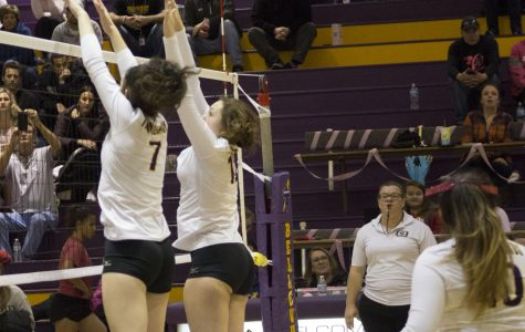 Volleyball wins in straight sets against Omaha Benson