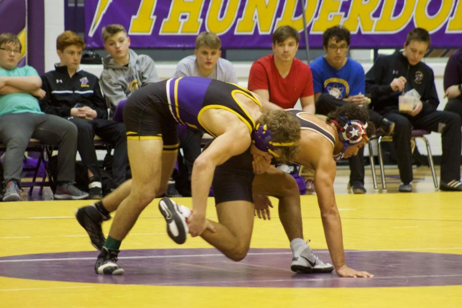 Slam. The opponent is taken by the leg.