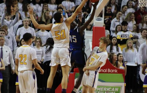 Photo Essay: Bellevue West vs. Papio South at State Basketball Quarter Finals 3/7/19