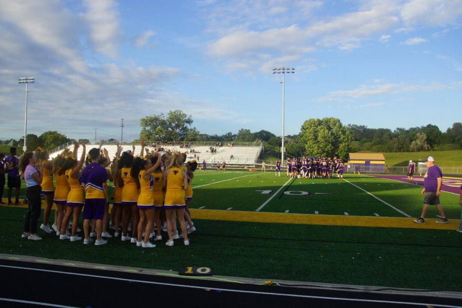 Pre-game.+Bellevue+West+enters+field+to+warm+up.