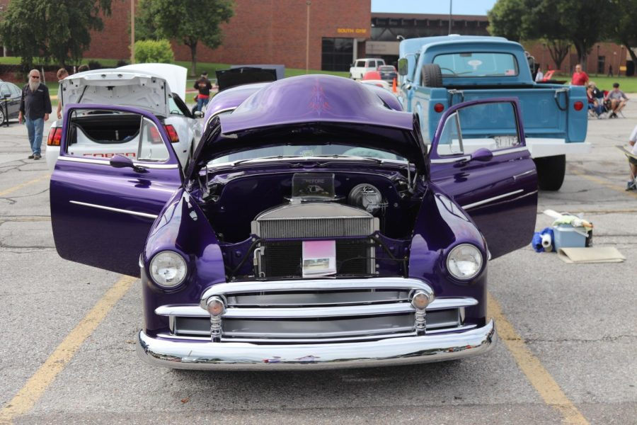 Bellevue West ROTC hosts it's second annual car show