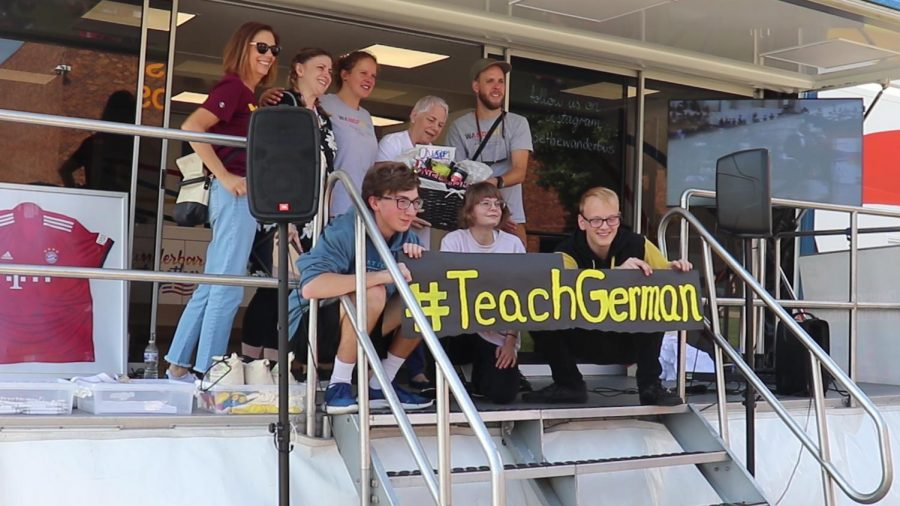 Wanderbus immerses students in German language and culture