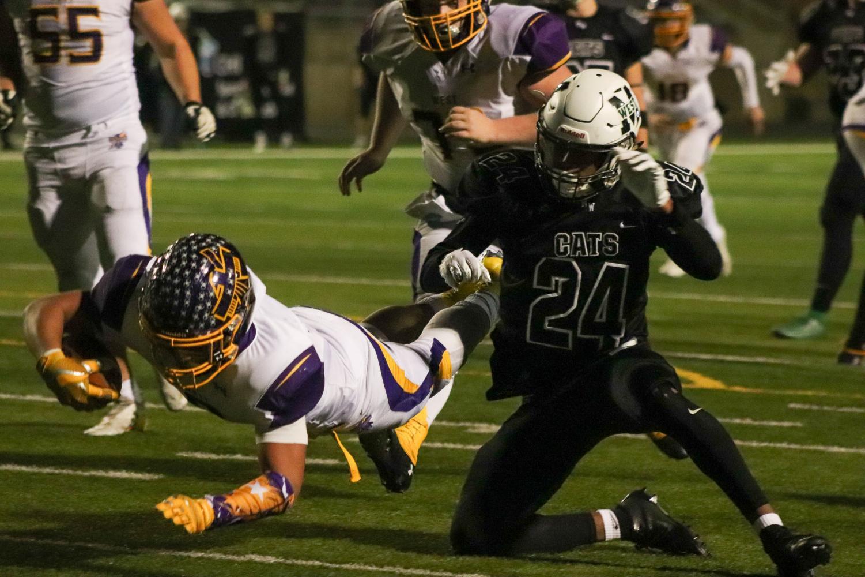 Ducker scores a touchdown.