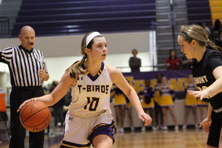 Photo Essay: Girls basketball vs. Fremont 12/5