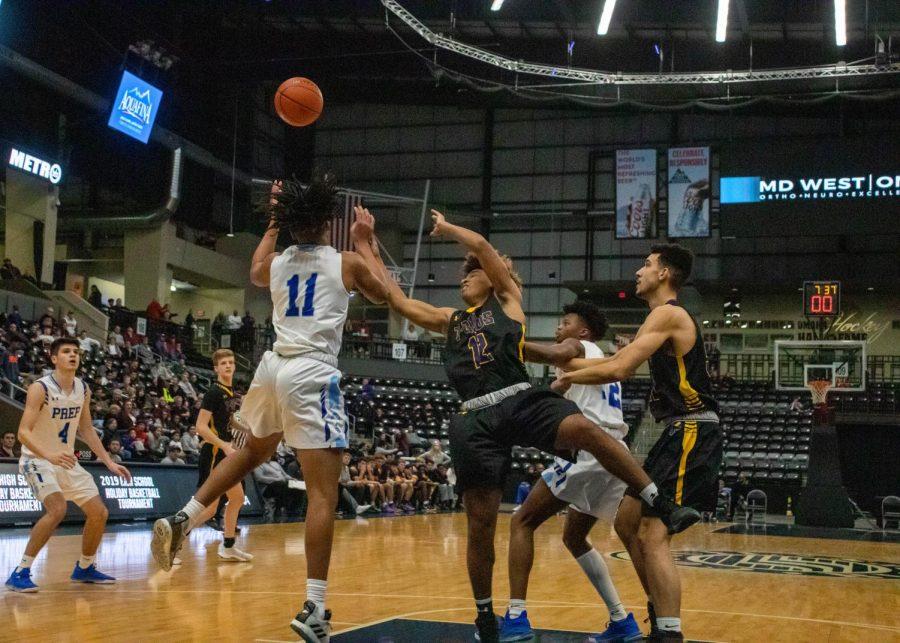 Photo Essay: Boys basketball vs. Creighton Prep 12/31