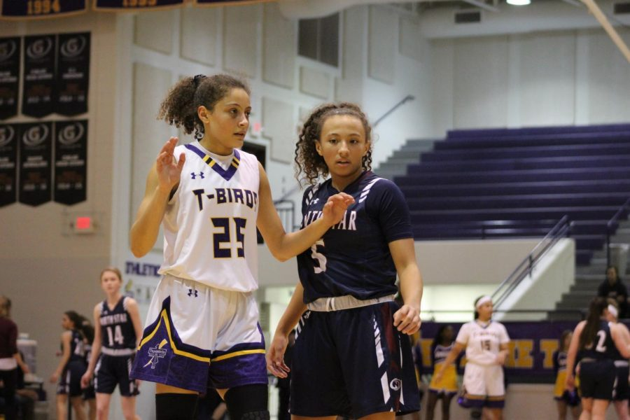 Guard.+Sophomore+Taryn+Wharton+prepares+to+guard+the+other+team+from+the+ball.