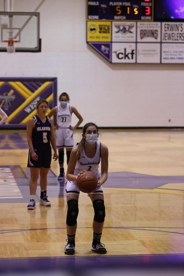 Sophomore Grace Schaefer prepares for a free throw.